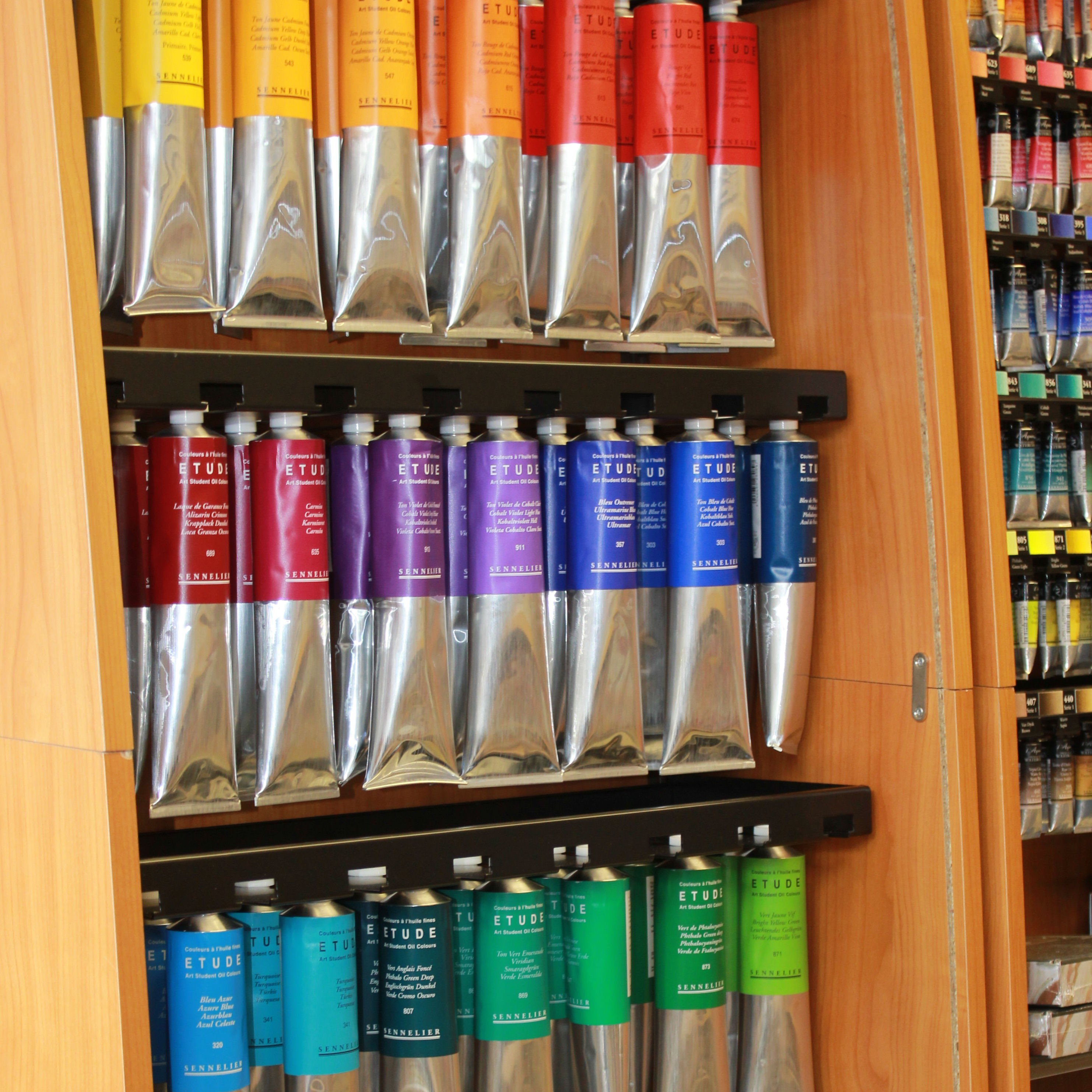 Sennelier Etude student oil paint assorted 200ml stand