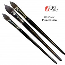 Pro Arte series 50 squirrel brush