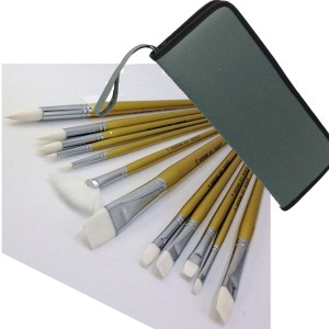Royal & Langnickel 12 better quality acrylic paint brushes Long Handle with Case