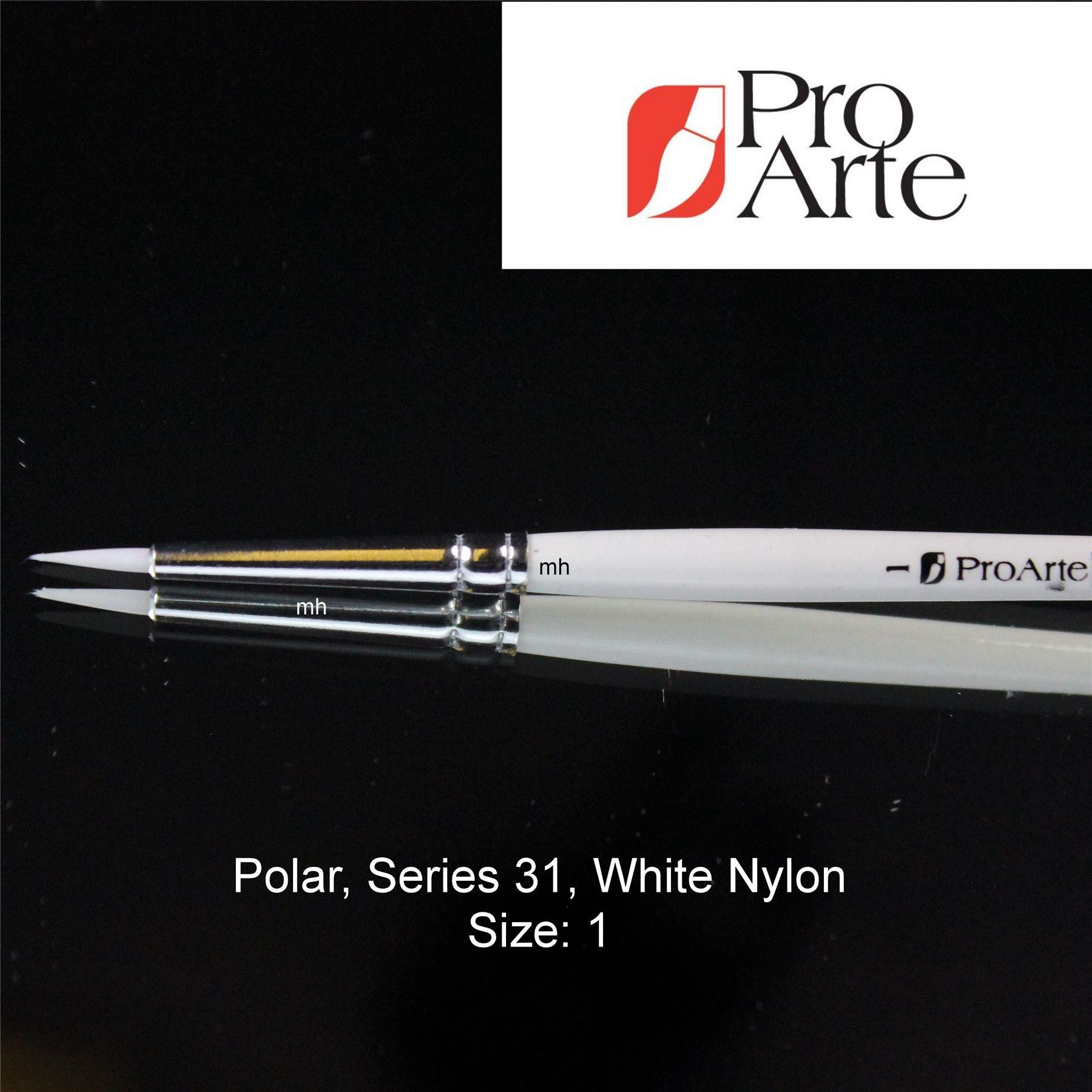 Pro Arte Series 31 round Polar White Brush